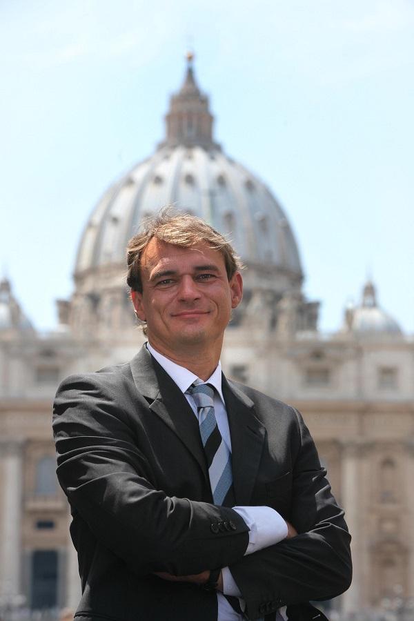 Papstkenner Andreas Englisch in Sundern – noch Karten erhältlich
