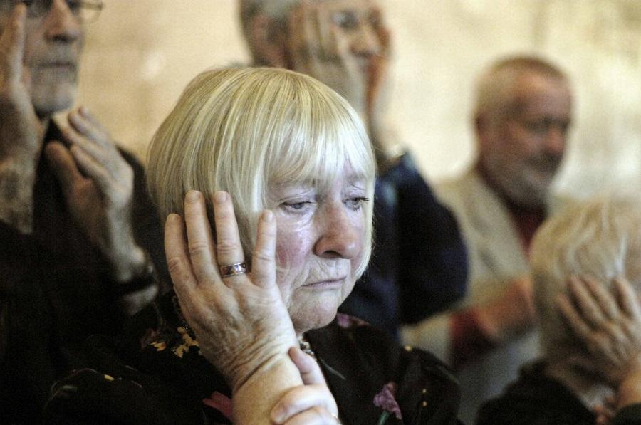 """60- bis 76-Jährige als """"Kinder von Damals"""" auf der Bühne"""