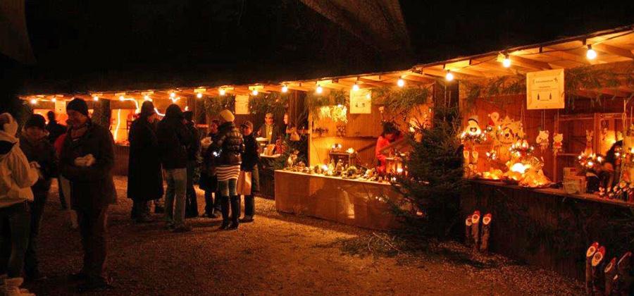 Einzigartige Atmosphäre beim Weihnachts-Waldmarkt