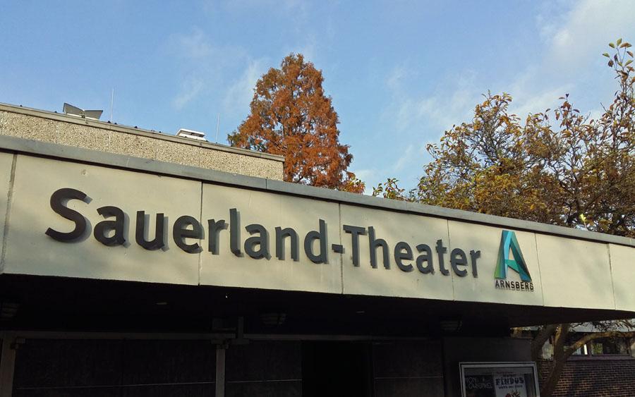 Sauerland-Theater: Stadt wartet noch auf das Gutachten für Wasserschaden