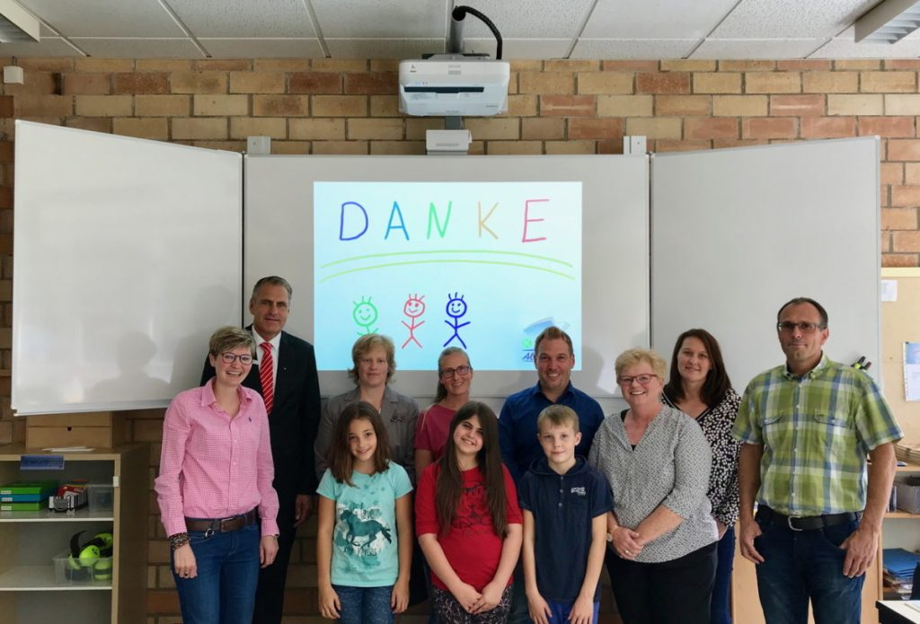 Pilotprojekt: Whiteboardes ersetzen Tafeln in der Allendorfer Grundschule