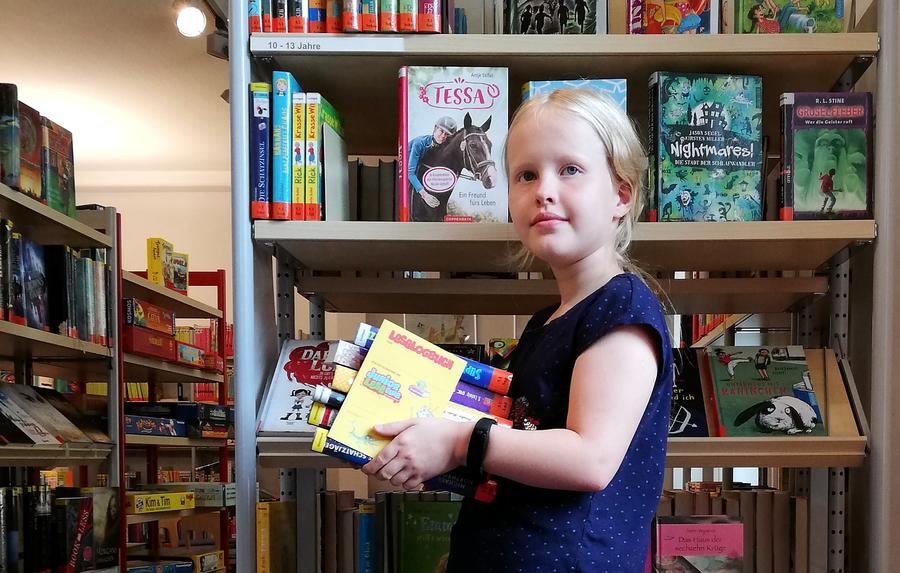"""Fridas erstes """"Lese-Logbuch"""" bereit für Stempel"""