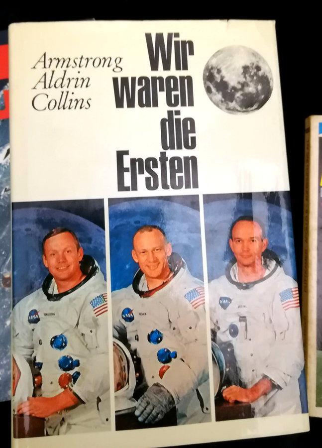 Ausstellung zur Mondlandung in Stadtbibliothek