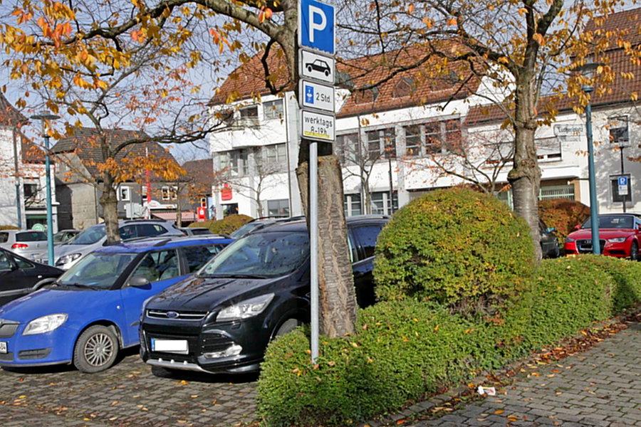 Hüstener CDU: Parkplatzfrage darf Brandschutz nicht gefährden