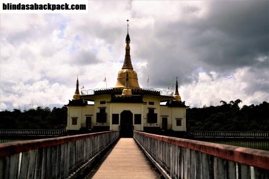 snake-temple-bab
