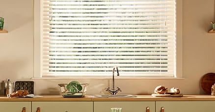 kitchen blinds easy to clean