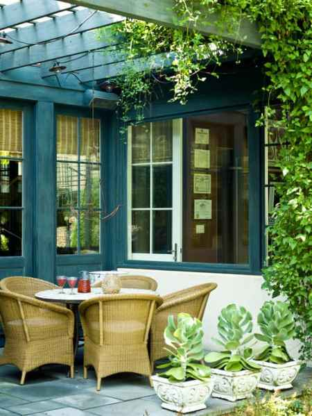 Traditional Patio by Chicago Photographers Cynthia Lynn Photography via Houzz
