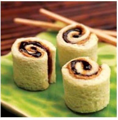 kids lunches - pbj sushi