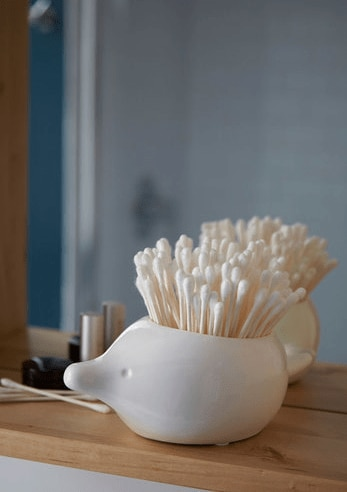 Hedgehog q-tip holder
