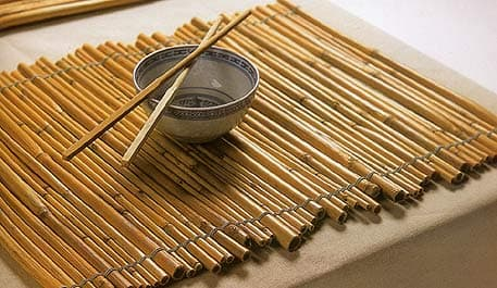 10 surprising ways to reuse old bamboo blinds the finishing touch diy bamboo placemats solutioingenieria Choice Image