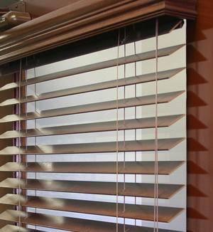 hang mini blinds on metal doors
