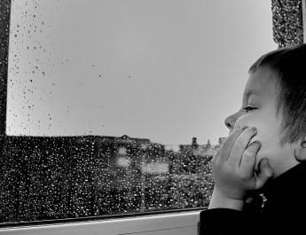 Dlaczego dzieci mówią, że im sięnudzi?