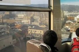 為什麼六甲LINER的透明車窗會瞬間起霧呢?