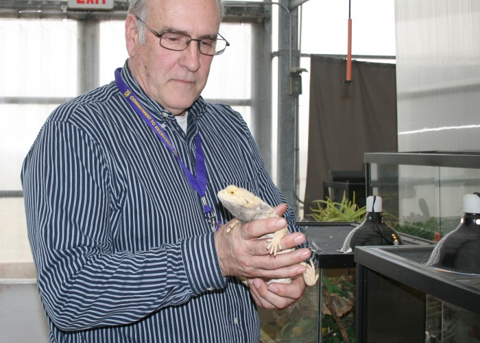 Sources: Koppelman wins top science teaching award