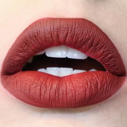 "Colourpop Ultra Matte Liquid Lipstick / Lippentift ""Avenue"""