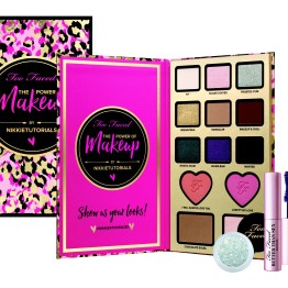 Too Faced The Power Of Makeup By Nikkie