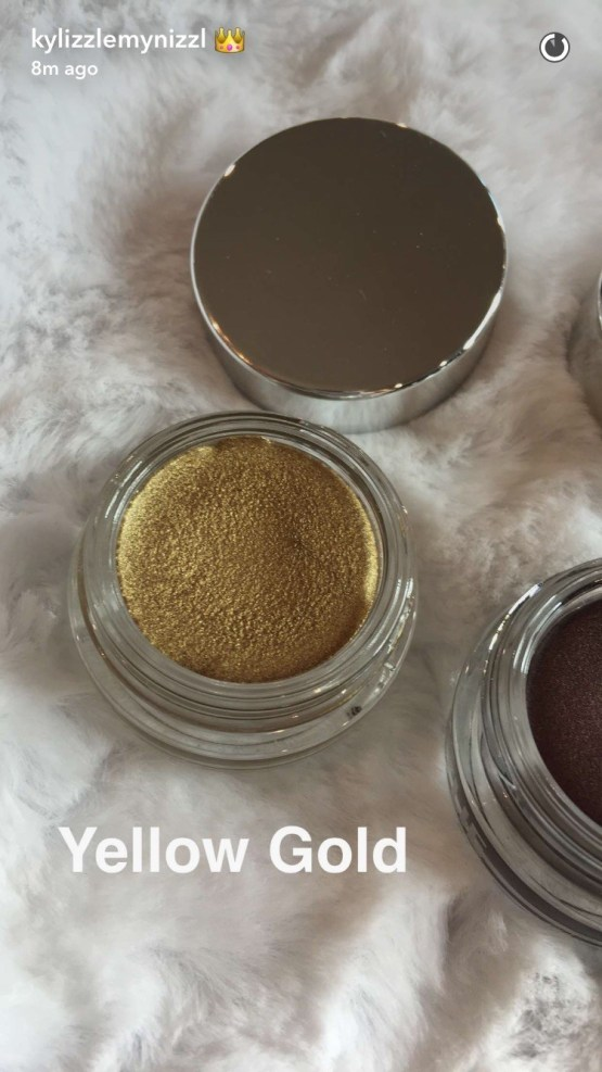"Kylie Holiday Crème shadow ""Yellow Gold"""