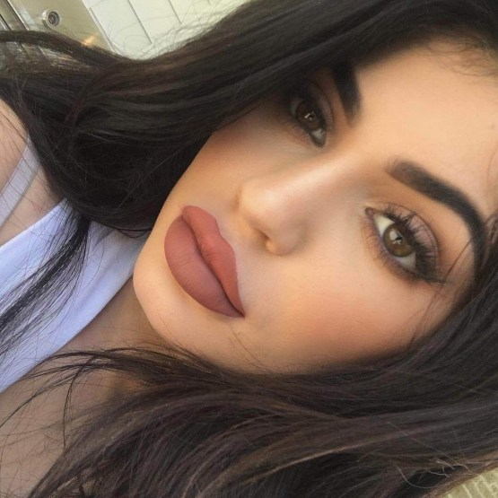 Kylie Lip Kit by Kylie Jenner | Ginger Matte Liquid Lipstick + FREE GIFT BAG