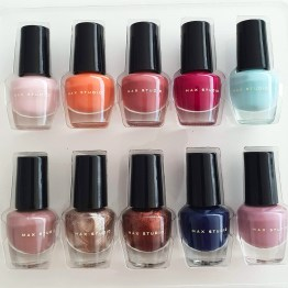 Max Studio 10 Nail Colors Collection Set