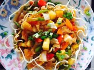 Crispy Noodles, Crisy Noodles with Vegetable sauce
