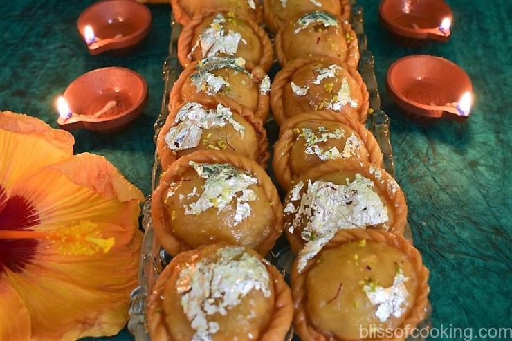 Chandrakala, Sweet Gujiya
