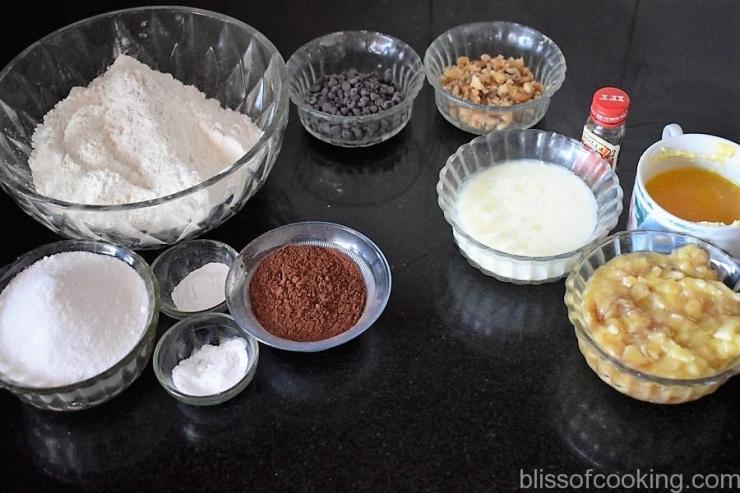 Chocolate and Walnut Banana Cake (Eggless)