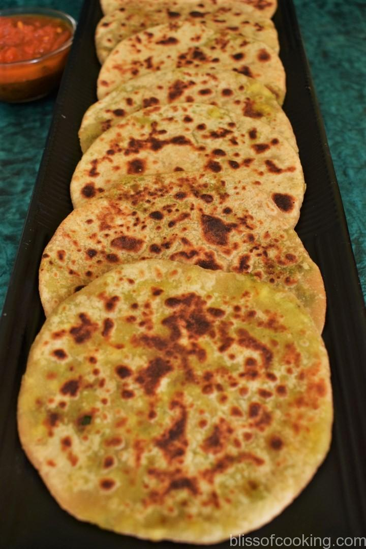 Matar Paneer Ka Mini Paratha, Cottage cheese and green peas stuffed indian bread