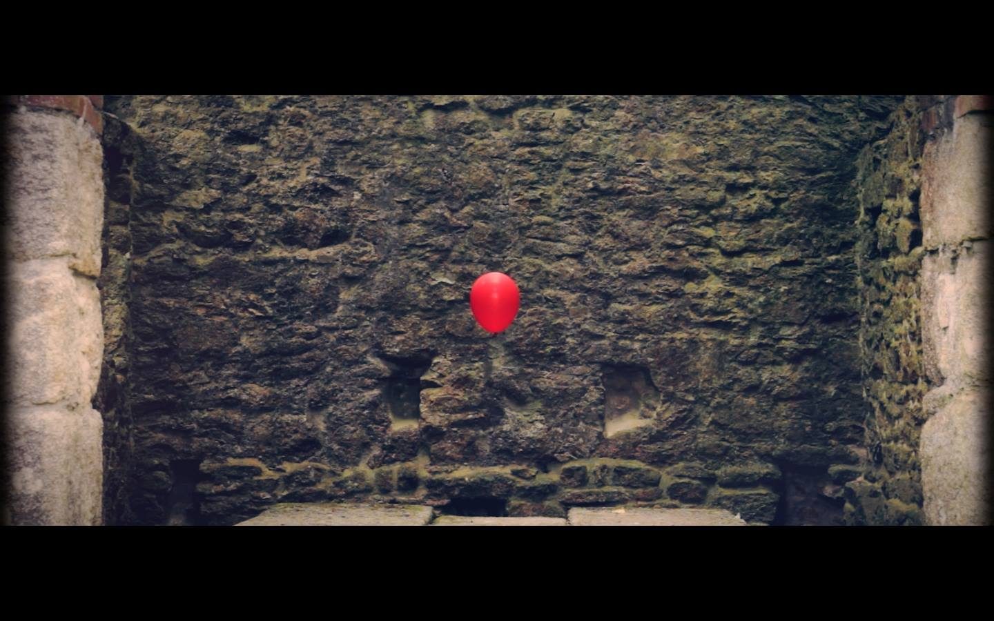 "Image from Arthr's ""Balloon"" video"