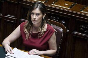 """Maria Elena Boschi sfida Elisa Isoardi: """"Il risotto? So farlo anche io"""""""