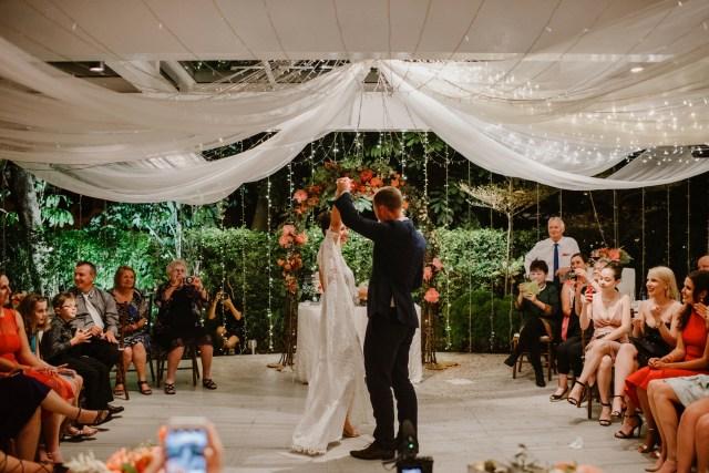 wedding, singapore - Adrian + Eugiena's Al Fresco Wedding in Singapore