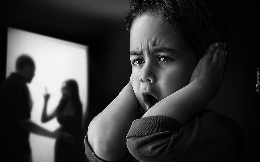 Nachodzenie i nękanie podczas rozwodu – co zrobić?