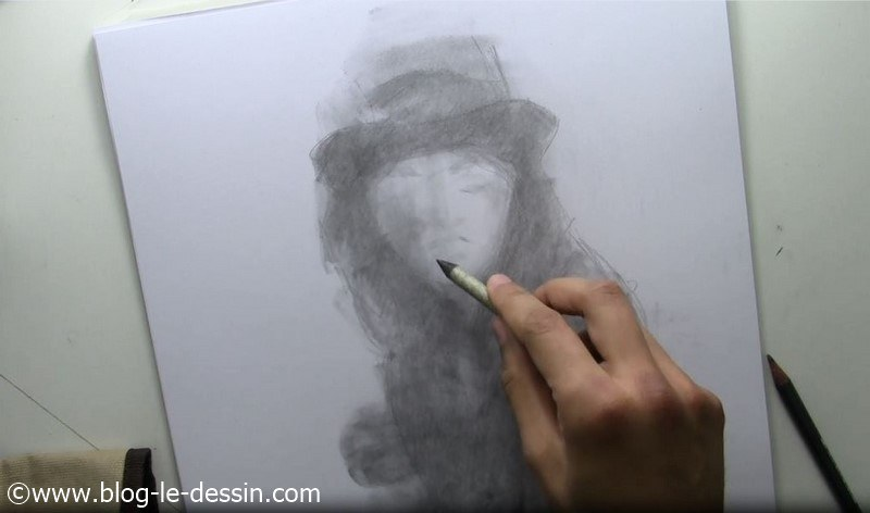 dessiner visage fille tutoriel ebauche traits visage estompe