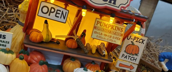 Decorating for Fall With Department 56