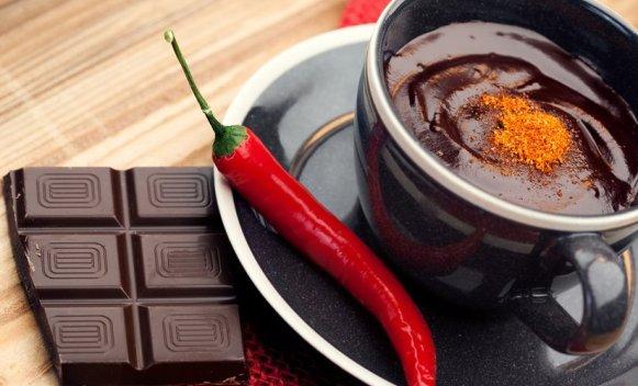 Topla čokolada sa čilijem