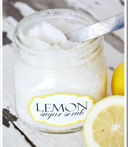 Šećerni piling sa limunom za noge