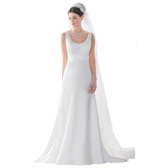 la redoute robes de mari e petit prix cheap wedding dresses. Black Bedroom Furniture Sets. Home Design Ideas