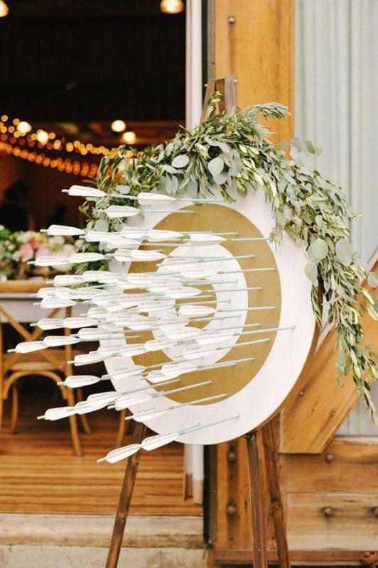plan de table mariage cible tir l 39 arc. Black Bedroom Furniture Sets. Home Design Ideas