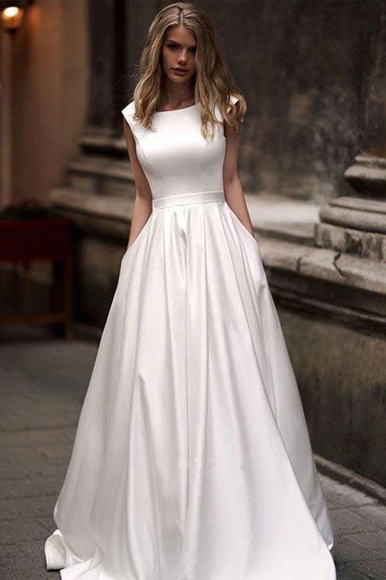 Les Tendances Mariage 2019 Robe Mariee Poche Happy Chantilly
