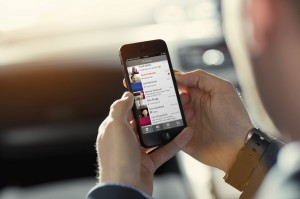 Pressebild der iO App auf dem iPhone Quelle: Swisscom