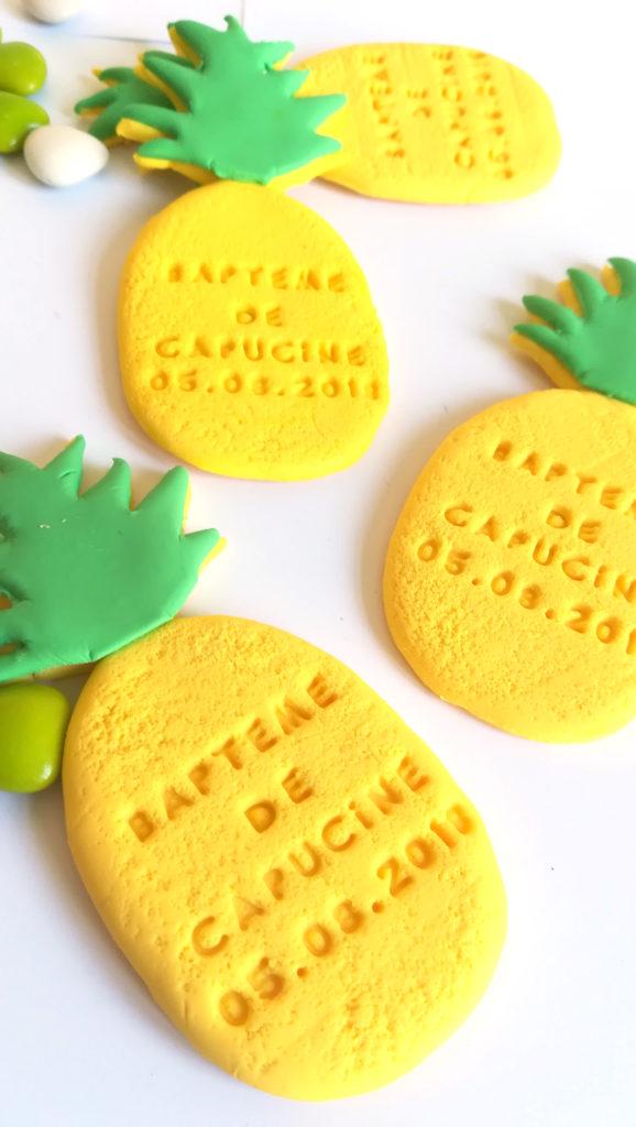 Aimant ananas, personnalisé avec texte, prénom et date. Cadeau invité baptême, anniversaire, mariage.