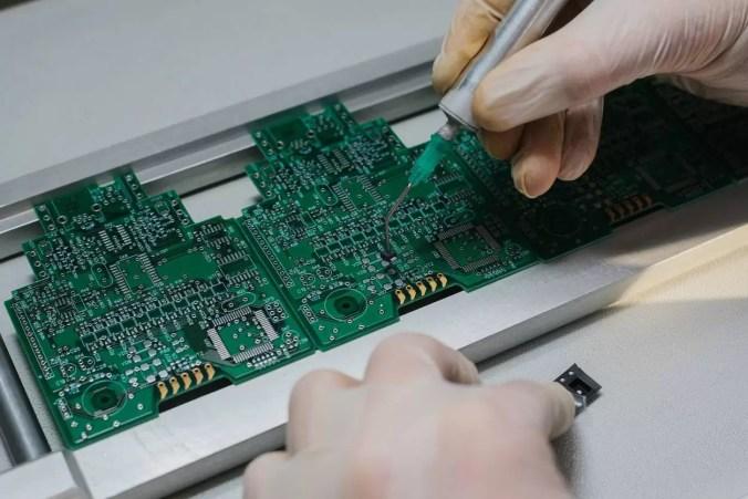 Remplacement carte électronique et réparation