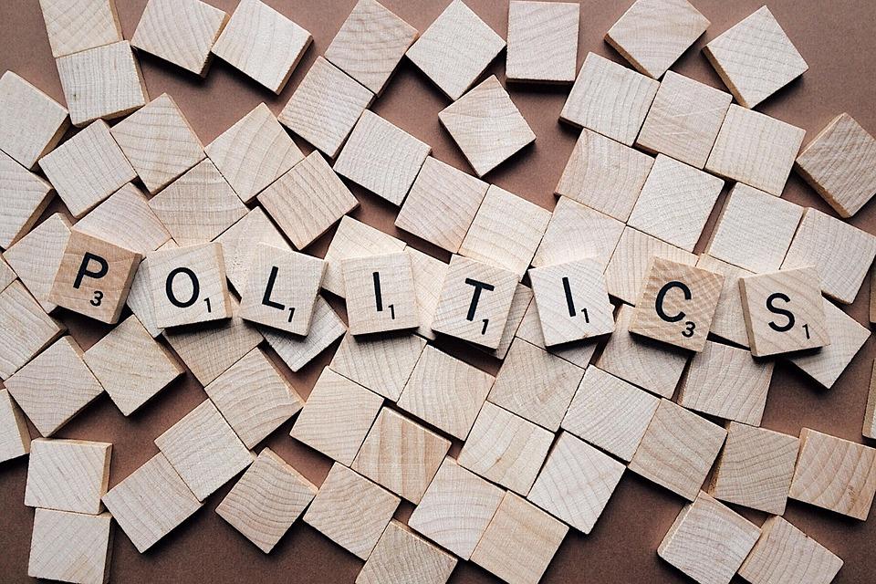 Sites de rencontre par affinités politiques, droite/gauche