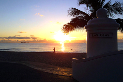 Sunrise at Fort Lauderdale Beach