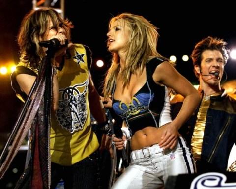 Superbowl-35-Halftime-Show-Britney-Spears-NSync-Nelly-Aerosmith-9-600x481