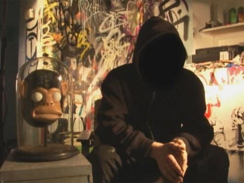 Banksy y su máscara de mono