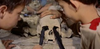 Los cráneos de Mondo Cane
