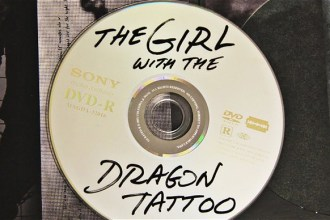 "The Girl with the Dragon Tattoo, ""quemaíto"" oficial"