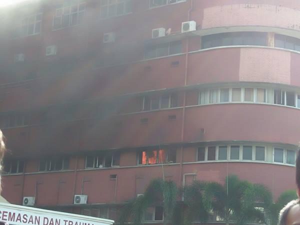 wad-hospital-terbakar
