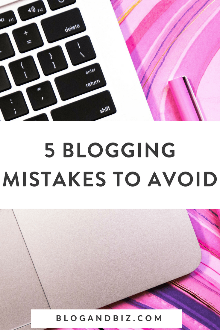 5 Blogging Mistakes To Avoid. Image with laptop.