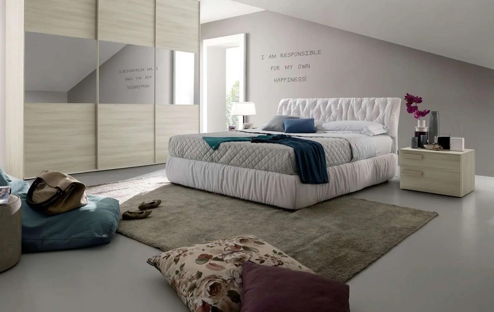 Il letto ha un costo di listino che si aggira intorno ai € 3.100 circa. Camere Da Letto Chateau D Ax